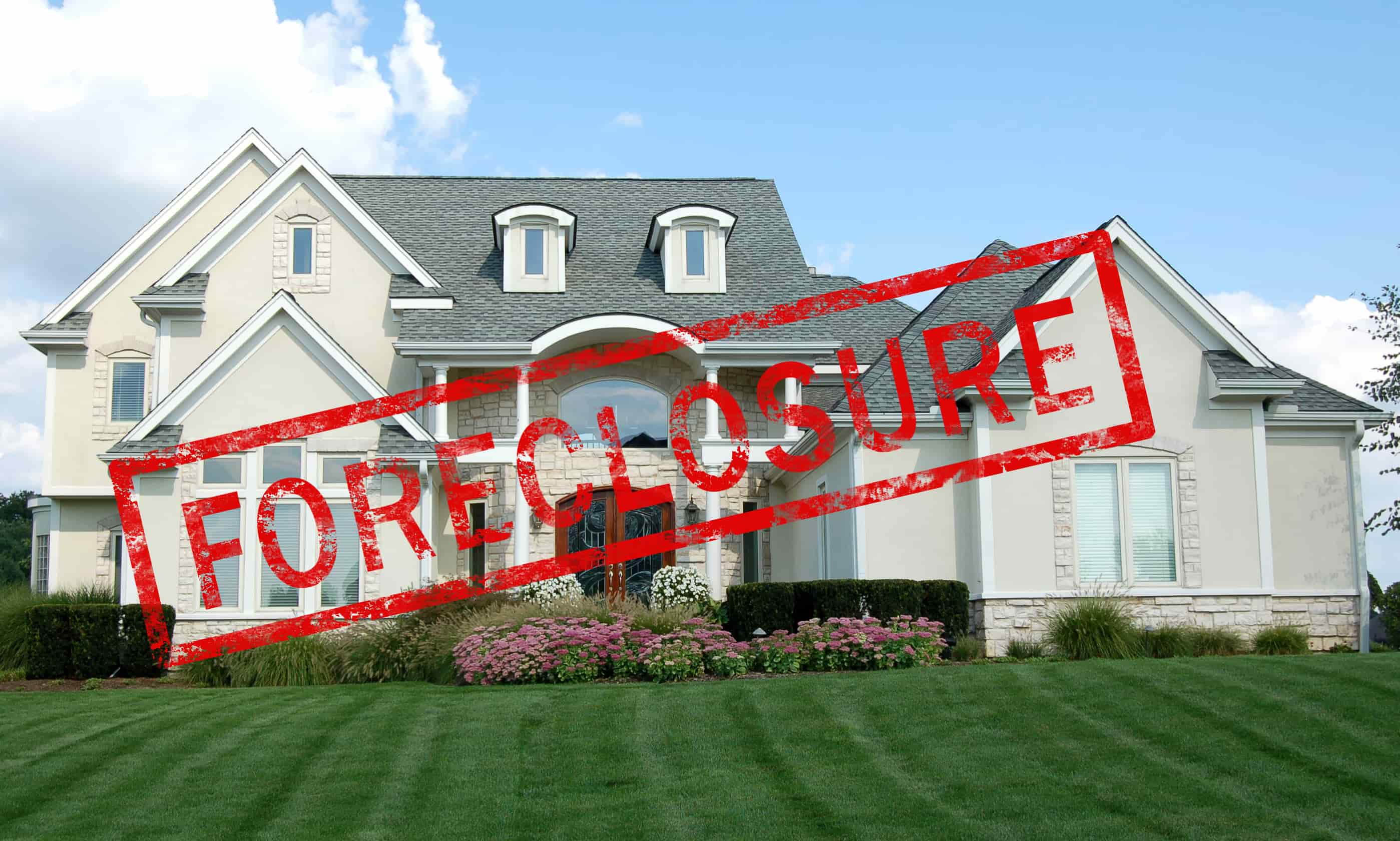 Five Factors to Consider Before Purchasing a Foreclosed Home